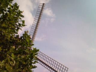 空の扇風機